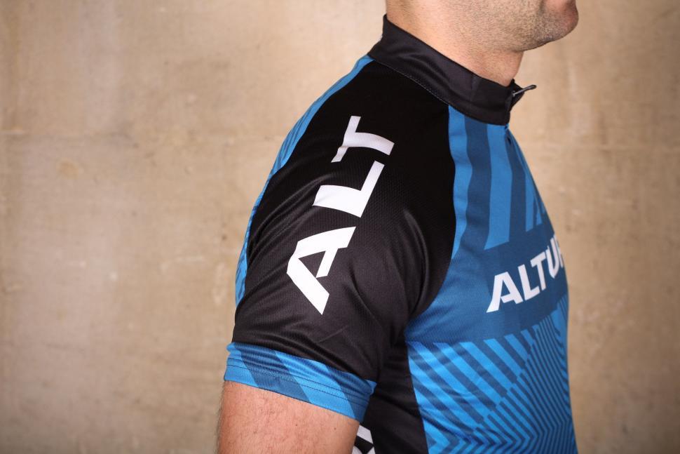 98b324d09 Altura Sportive 97 Short Sleeve Jersey - sleeve.jpg