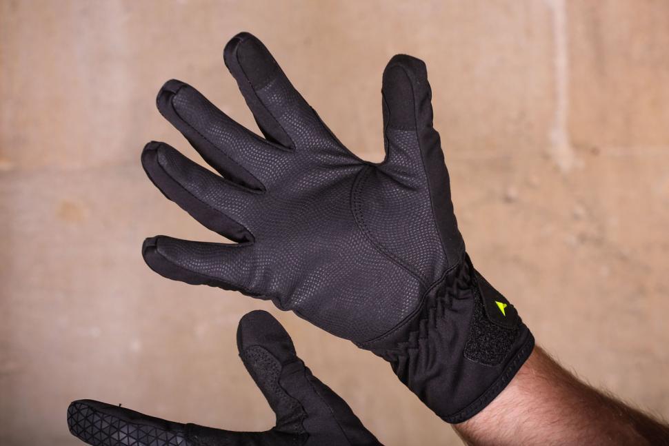 Altura Thunderstorm gloves - palm.jpg