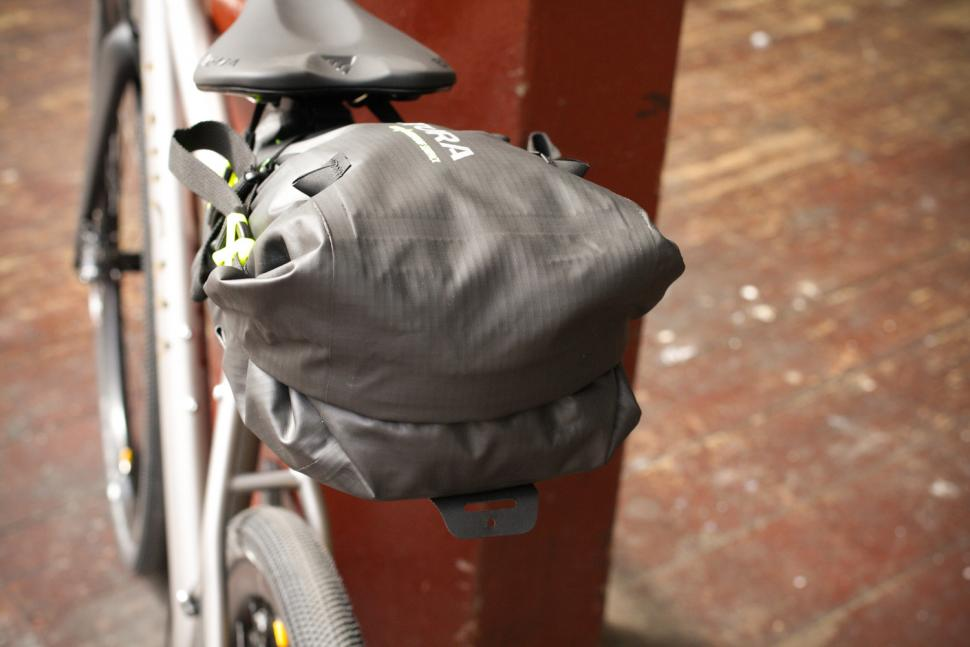 Altura Vortex Seatpack - back.jpg