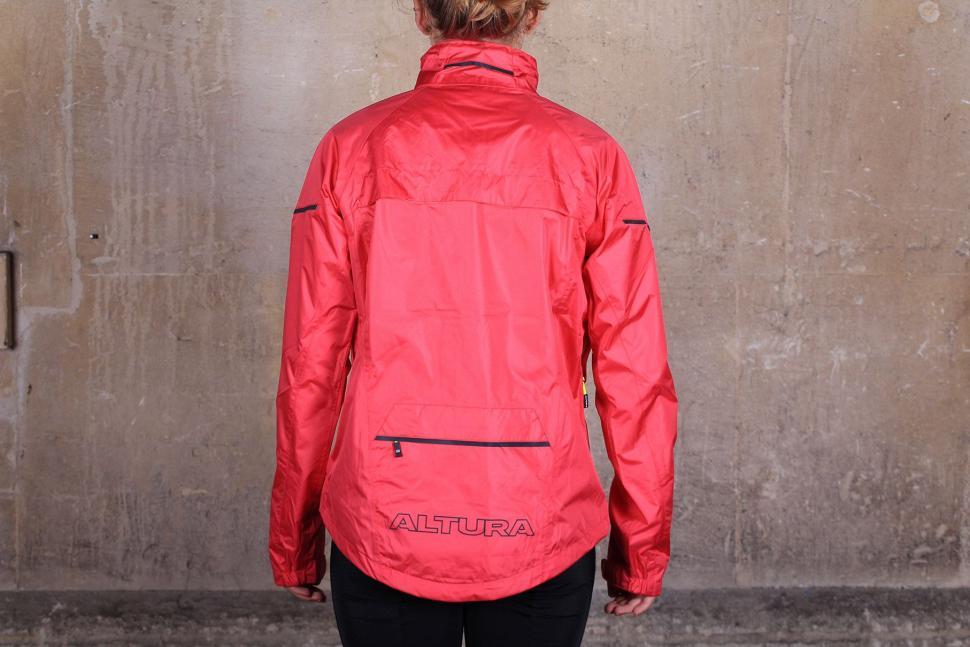Altura Womens Nevis III Waterproof Jacket - back.jpg