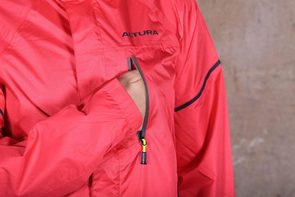 Altura Womens Nevis III Waterproof Jacket - chest pocket.jpg
