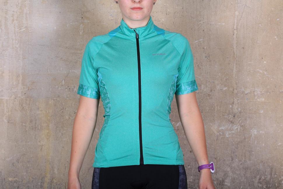 1085d9173 Review  Altura Women s Peloton Short Sleeve Jersey