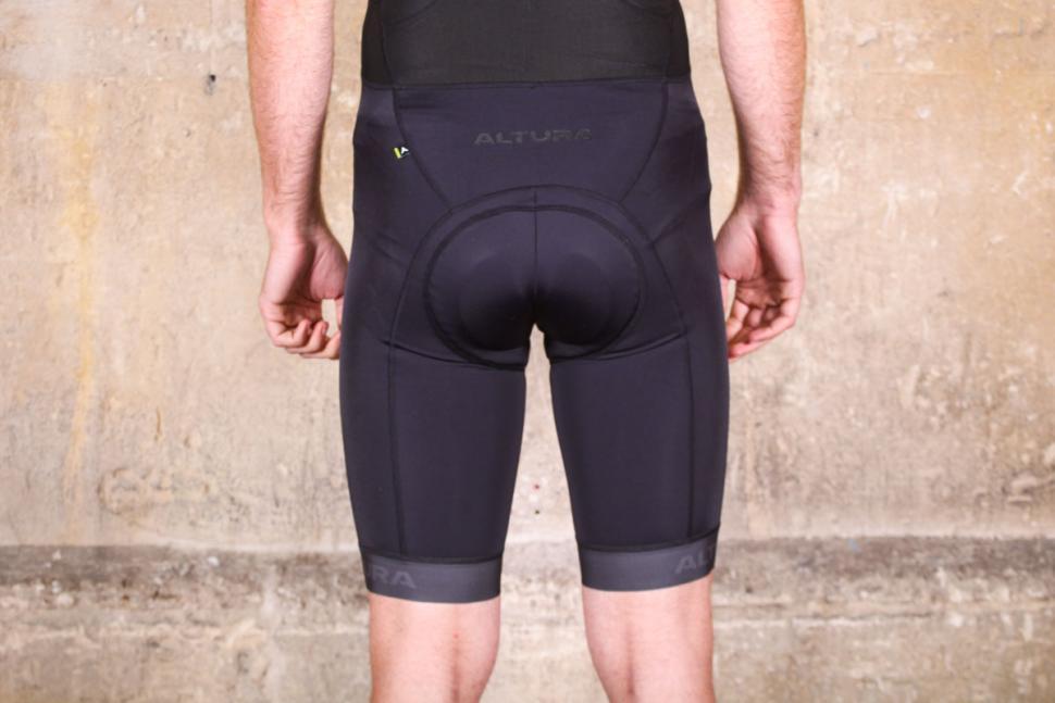 altura_nv2_bib_shorts_-_back.jpg