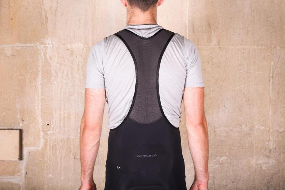 altura_progel_3_bib_shorts_-_straps_back.jpg