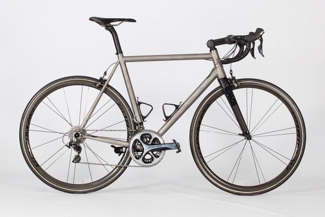 Angel_Cycle_Works_Titanium_Performance_Road-8.jpg