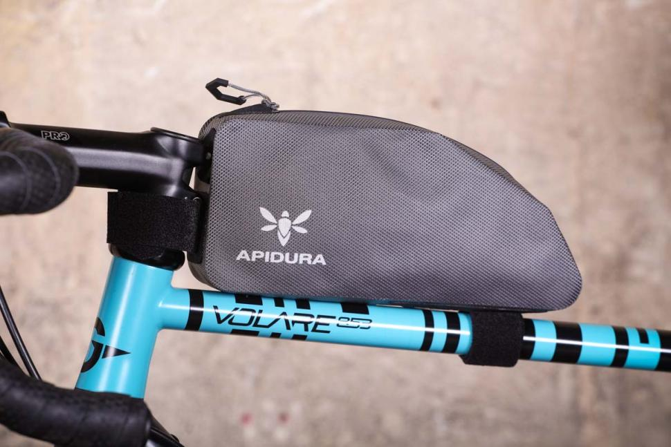 apidura_expedition_top_tube_pack.jpg