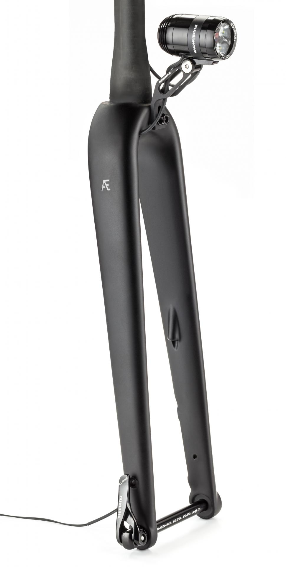 AR Dynamo Disc fork 1