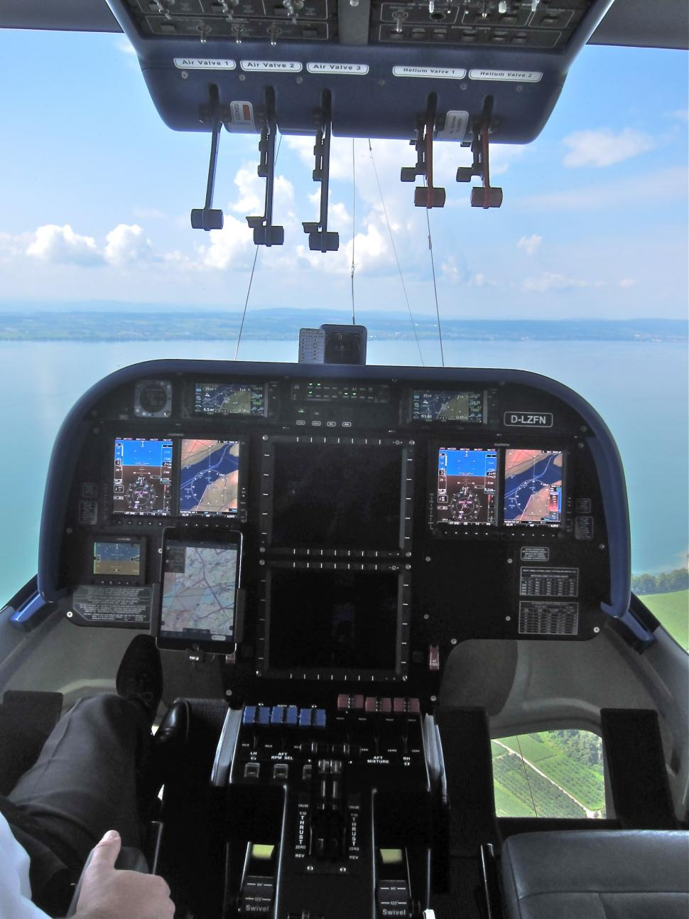 Ashmei Airship - Controls.jpg