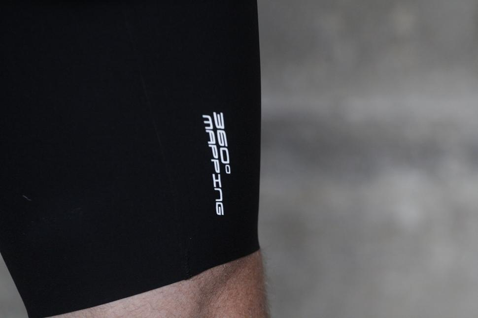 Ashmei Mens Cycle Bib Shorts - leg detail.jpg