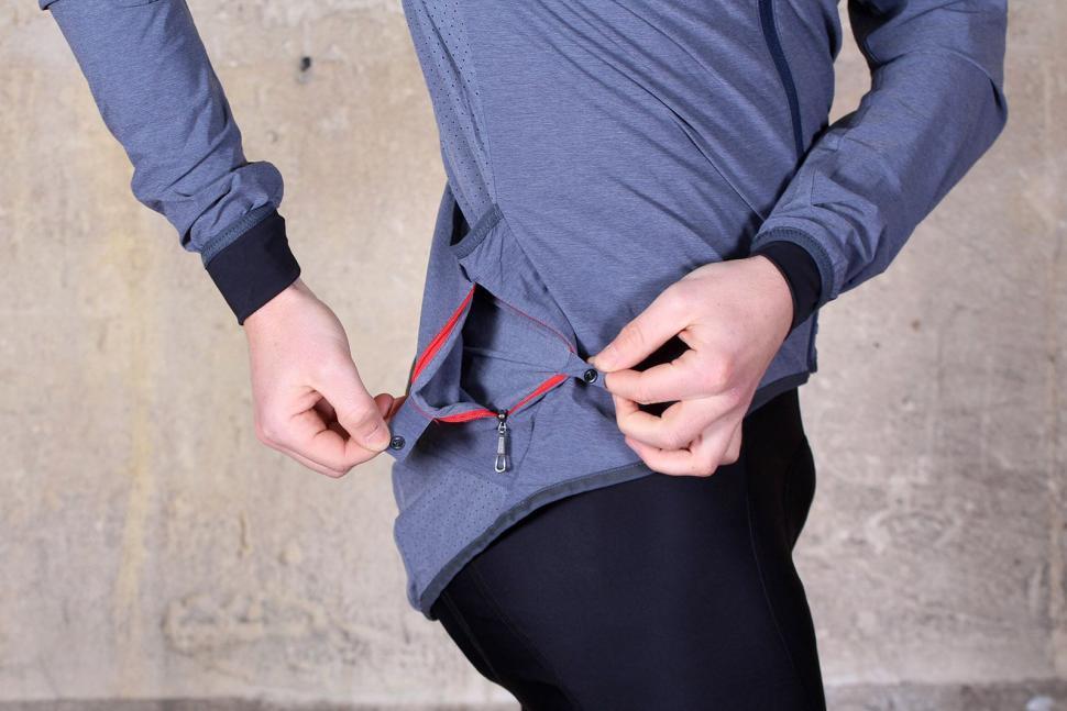 Ashmei Windjacket - pocket zipped.jpg