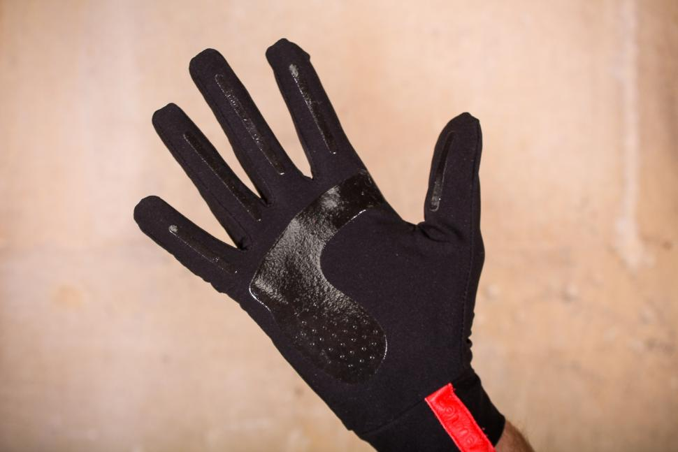 ashmei Windproof Glove - palm.jpg