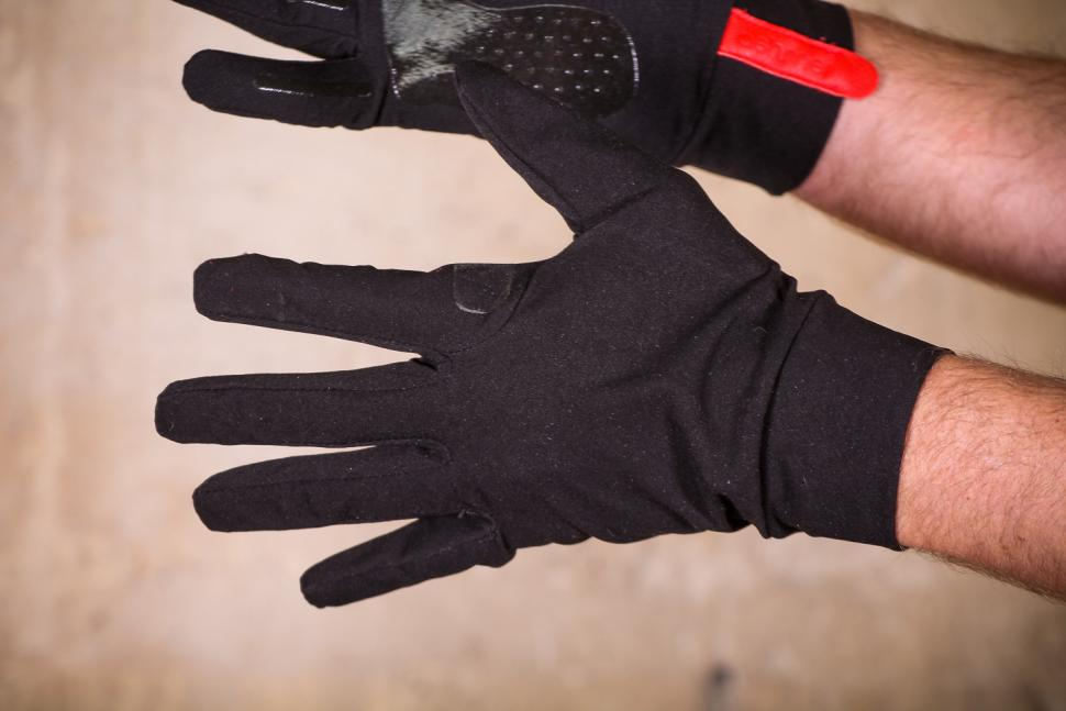 ashmei Windproof Glove - top.jpg