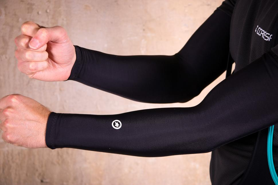 Assos Arm Warmer Evo7.jpg