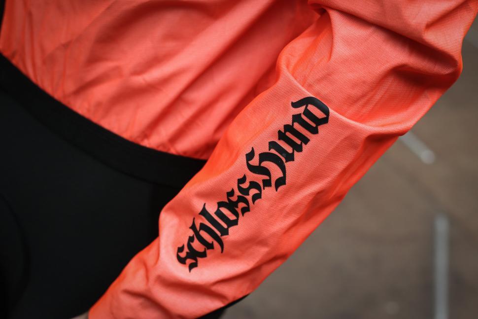 Assos Equipe RS rain jacket-4.jpg