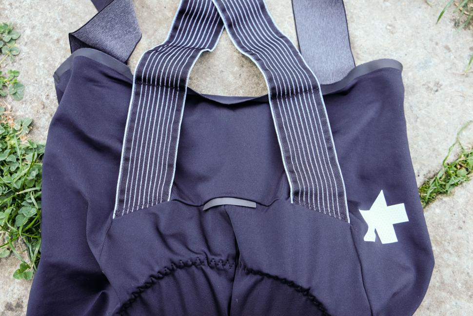 assos equipe rs s9 shorts3