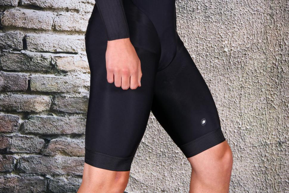 Assos Equipe RS Spring Fall Bib Shorts S9 - side.jpg