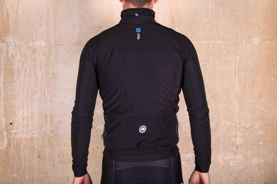 Assos Mille GT winter Jacket Ultra AZ - back.jpg