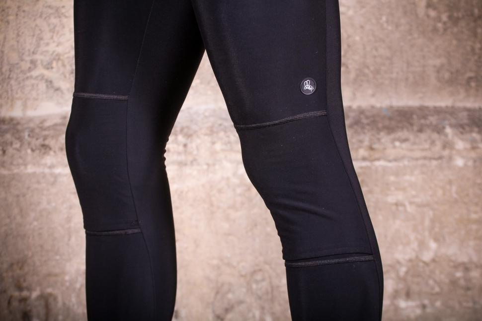Attacus Thermal Bib Tights - knees.jpg