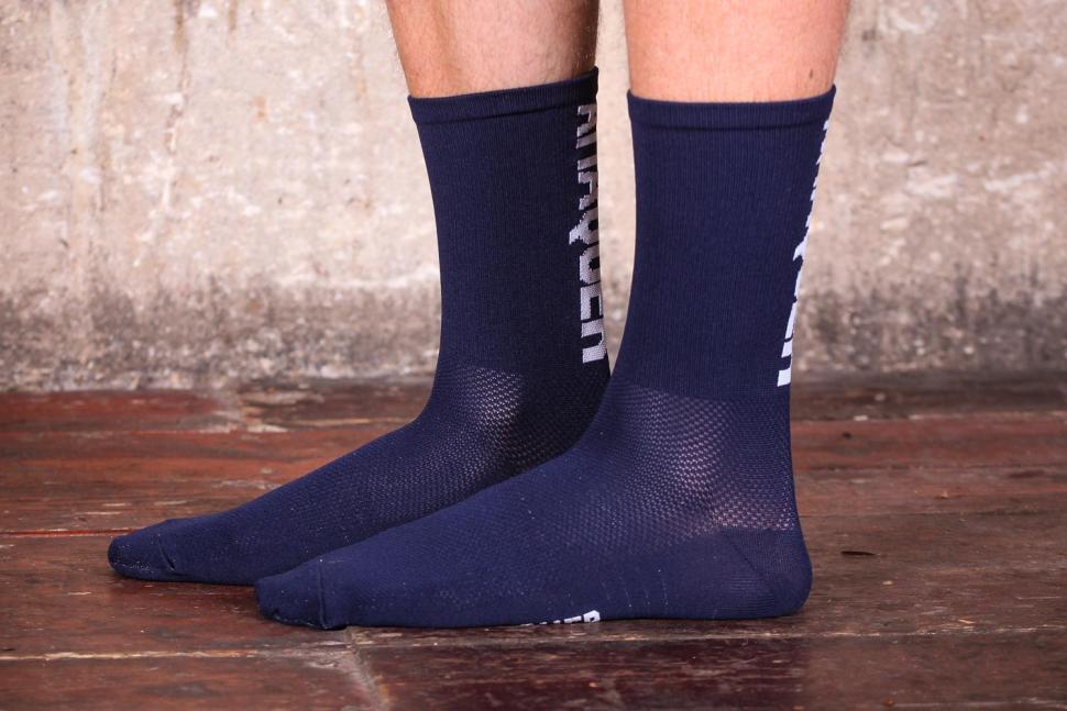 Attaquer Sock Vertical Logo 2