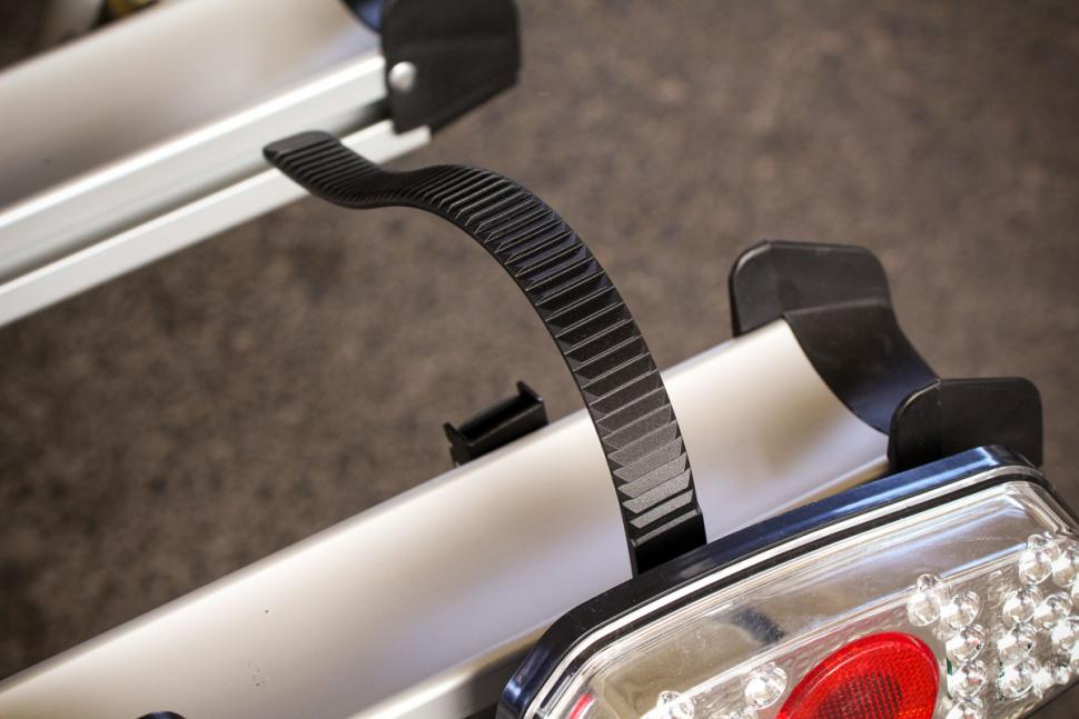 auxtail_towball_mount_cycle_carrier_-_wheel_strap.jpg
