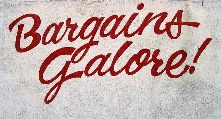 Bargains galore crop (CC BY-NC 2.0 Allen:Flickr).jpg