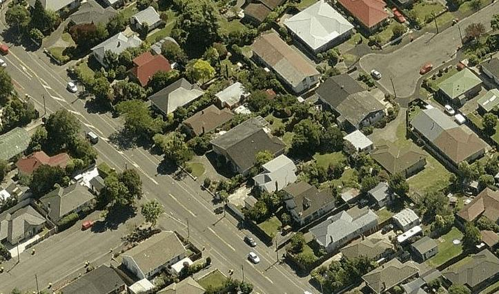 Barrington Street (bottom left) and Roker Street (top right) in Christchurch, NZ (source Bing Maps).PNG
