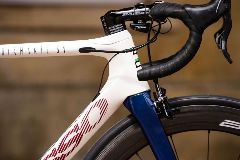 Basso Diamante SV frameset - head tube.jpg