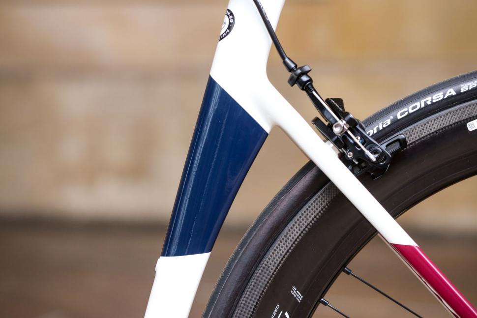 Basso Diamante SV frameset - seat tube shape.jpg