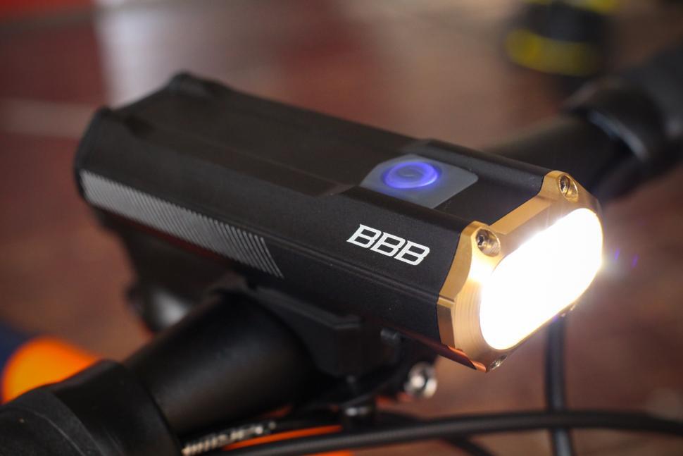BBB BLS-110 Sniper front light 2.jpg