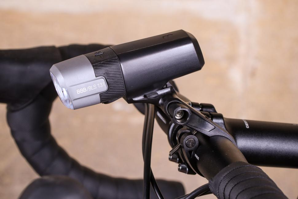 BBB Strike 500 Front light - side.jpg