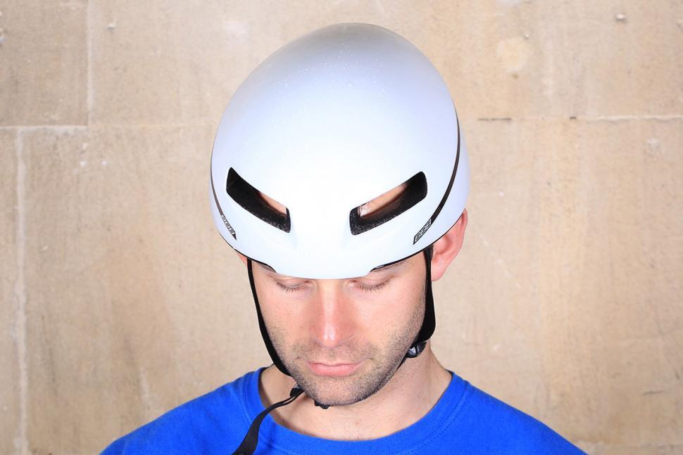BBB Tithon Helmet - top.jpg