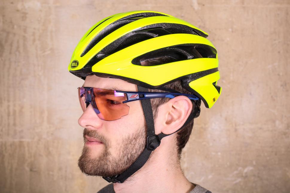 Bell Stratus Mips Helmet.jpg