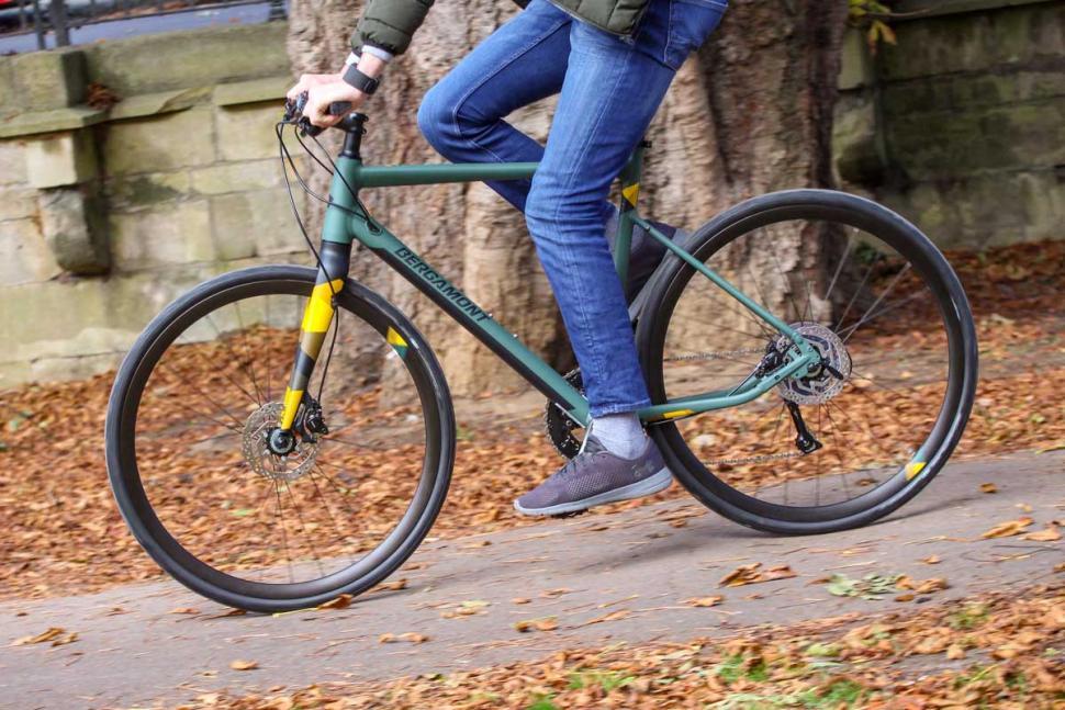 Bergamont Sweep 4 - riding 2.jpg