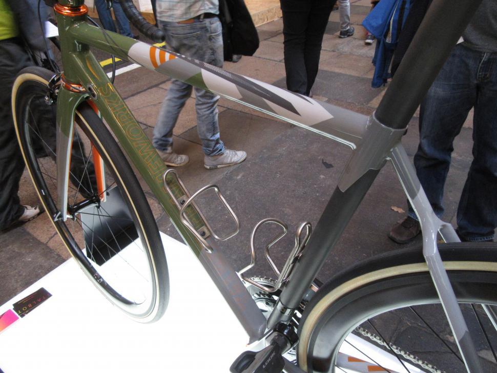 Bespoked 2106-Talbot Frameworks-SneakyLittleBastard-Carbon Seattube.jpg