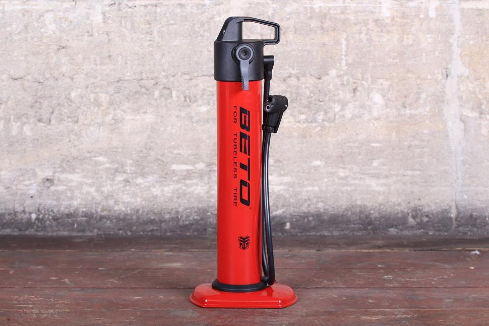 c72e904d49b1 12 of the best track pumps — keep your tyres pumped up the easy way ...