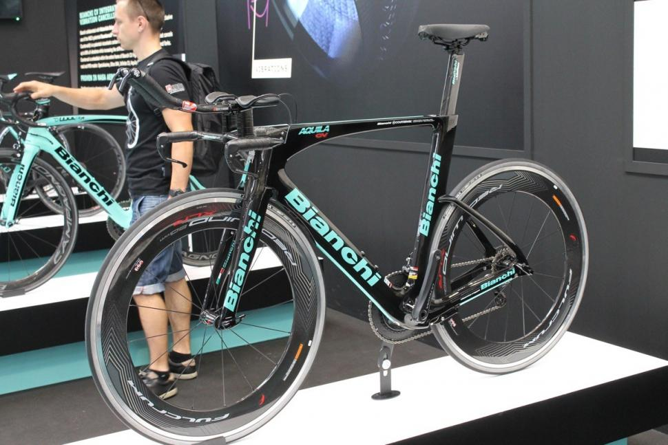 11 super triathlon bikes