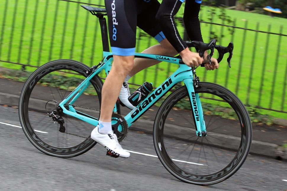 Bianchi Oltre XR4 - riding 4.jpg