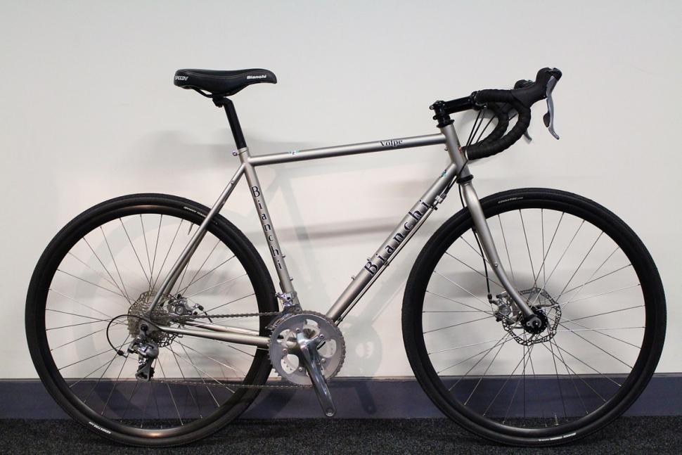 Bianchi Volpe - full bike (1).jpg