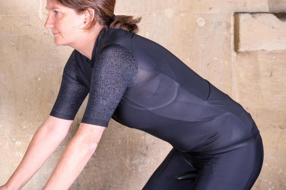 Bicycle Line Monza women's short sleeve jersey - riding.jpg