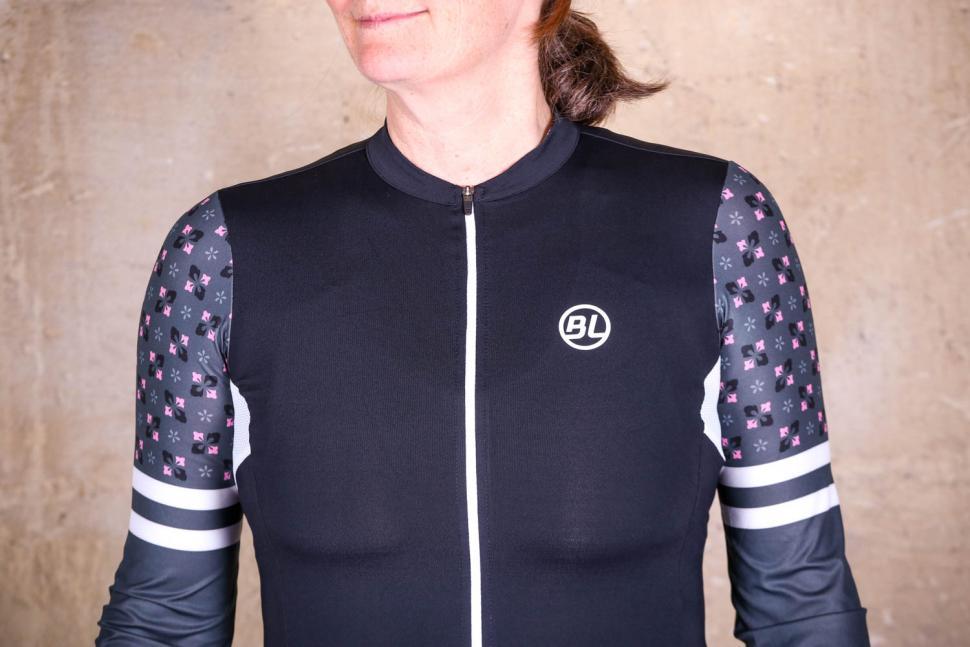 Bicycle Line Ninfea women's long sleeve jersey - chest.jpg