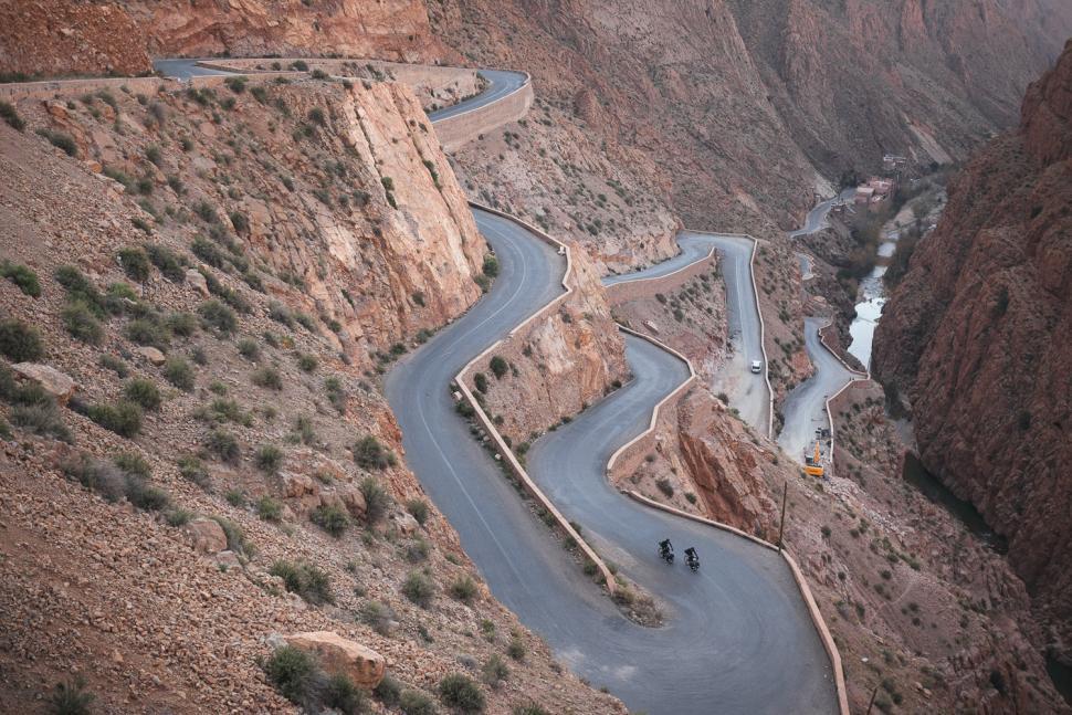 Bikepacking (CC BY-SA 2.0 8bar Adventures - Morocco - High Atlas|Flickr)