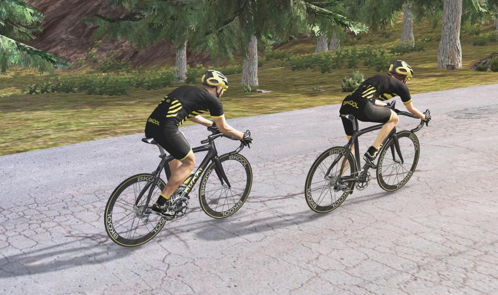Bkool Cycling Simulator - 3.jpg