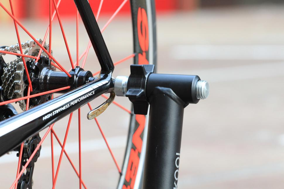 Bkool Pro Turbo Trainer and Simulator - qr clamp 2.jpg