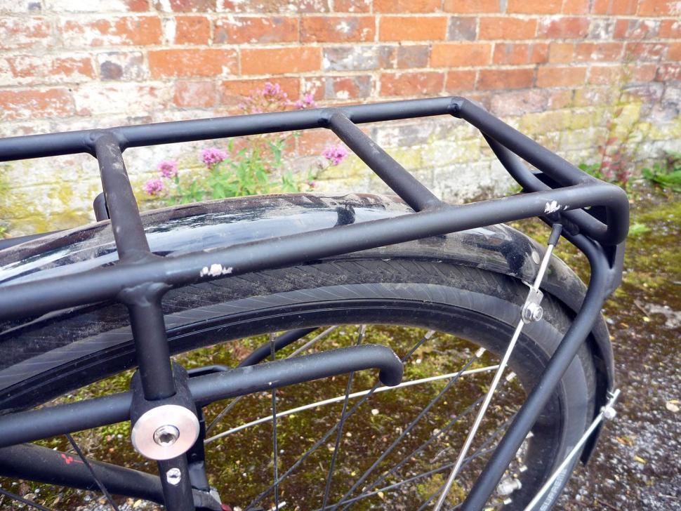 Blackburn Central Rear Rack - detail.jpg