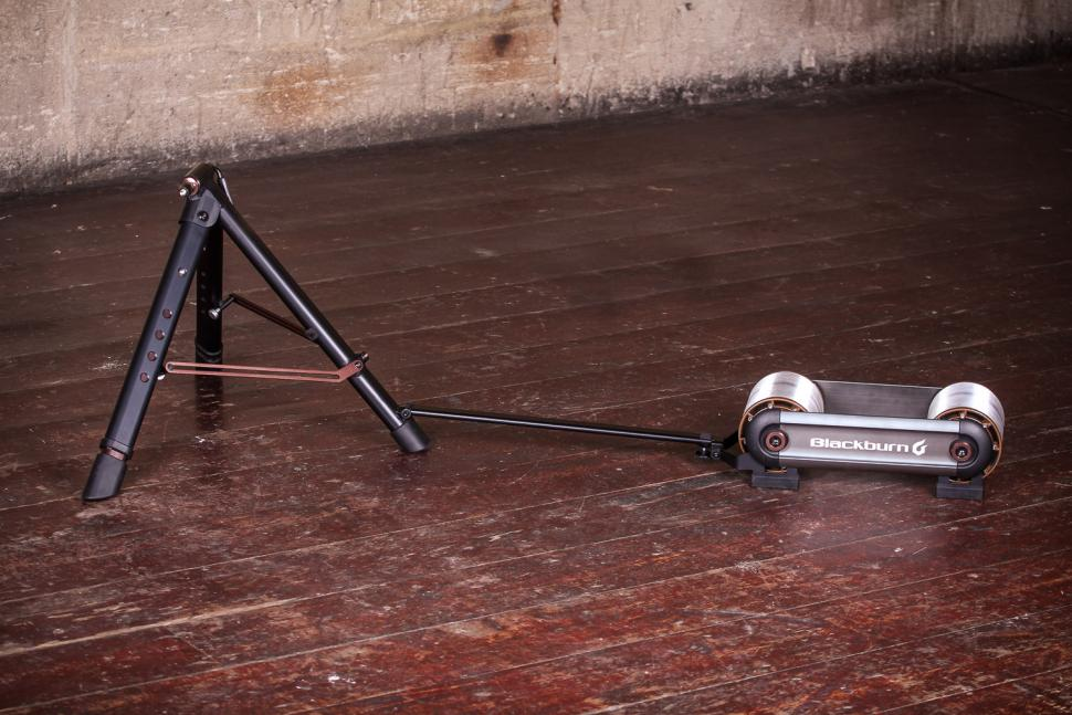 Blackburn Raceday Portable Trainer - unfolded.jpg