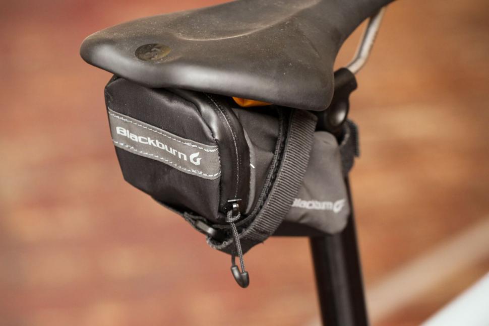 blackburn_grid_small_seat_bag_-_back.jpg