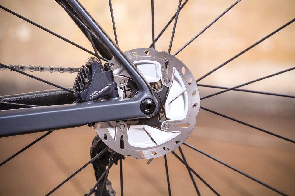 BMC SLR01 - rear disc.jpg