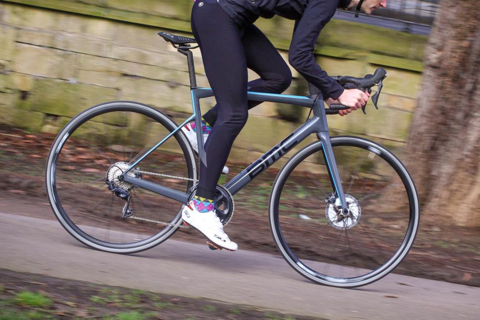 BMC TeamMachine SLR01 Disc Two - riding 3.jpg