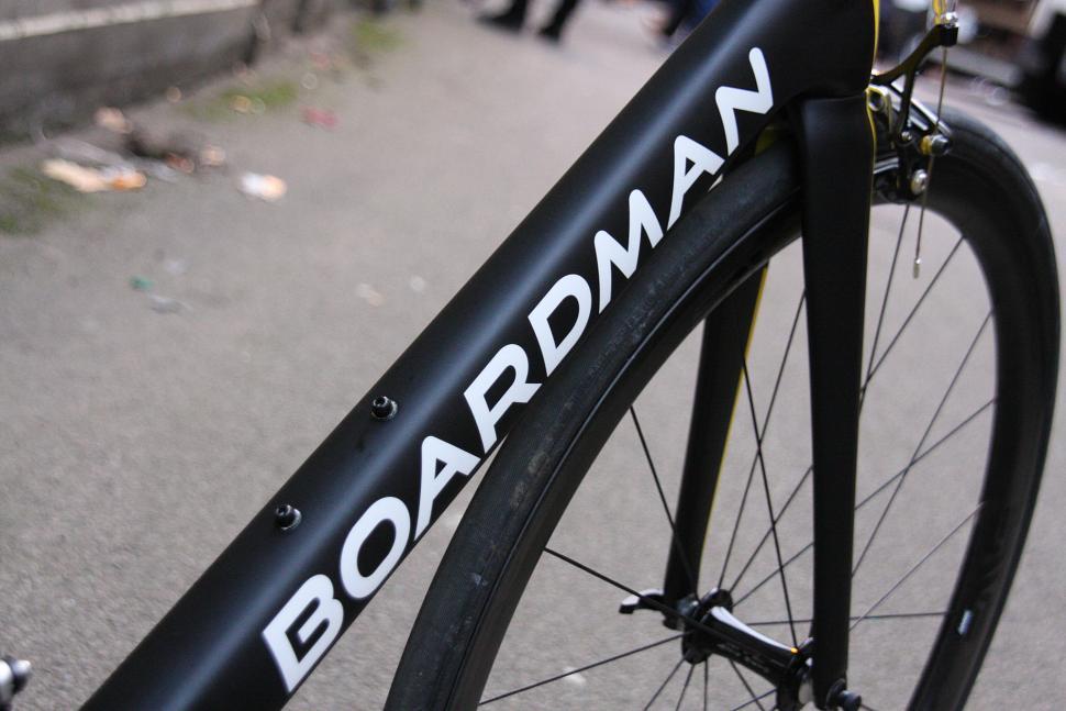 Boardman 2016 launch - Boardman Elite SLR Signature - down tube.jpg