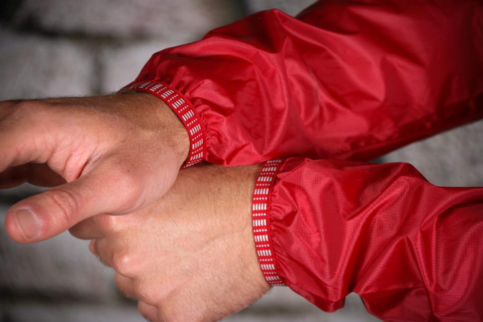 Boardman Mens Packable Jacket - cuffs.jpg